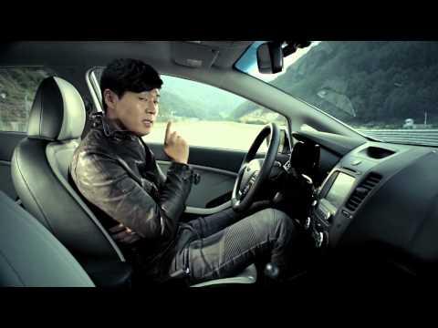 Kia Cee'd sedan (K3) na videu