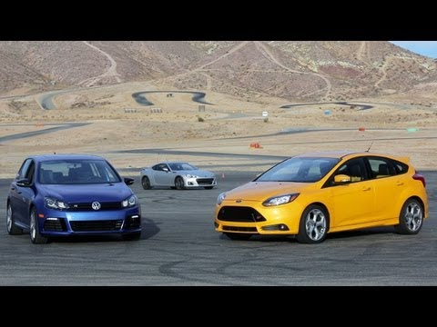 Ford Focus ST vs Volkswagen Golf R