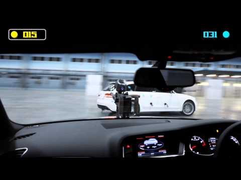 Podívejte se jak dvě Audi RS4 hrají paintball