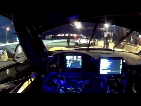 Onboard video z vytrvalostního závodu v Sebringu z vozu Chevrolet Corvette