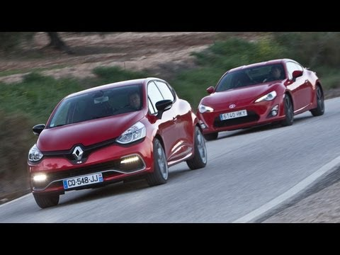 Video: Renault Clio RS 4 vs Toyota GT86
