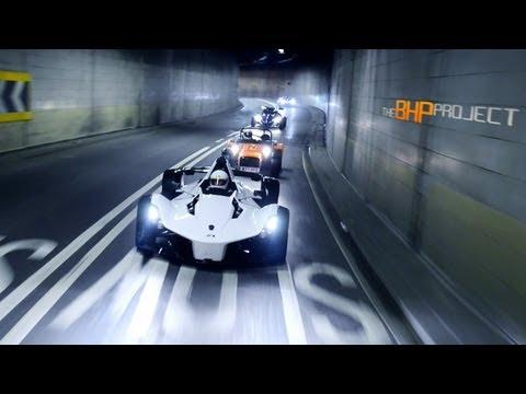 Video: BAC Mono, Ariel Atom, KTM X-BOW a Caterham R300 v Londýně